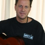 Sandy Voortman guitar 4 all founder